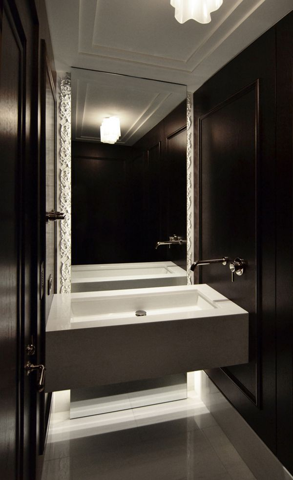 Dark brown and white marble bathroom