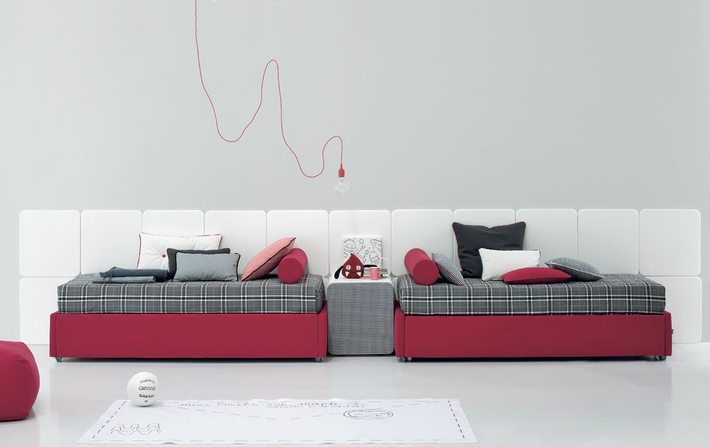 Red bed design inspiration from Twils
