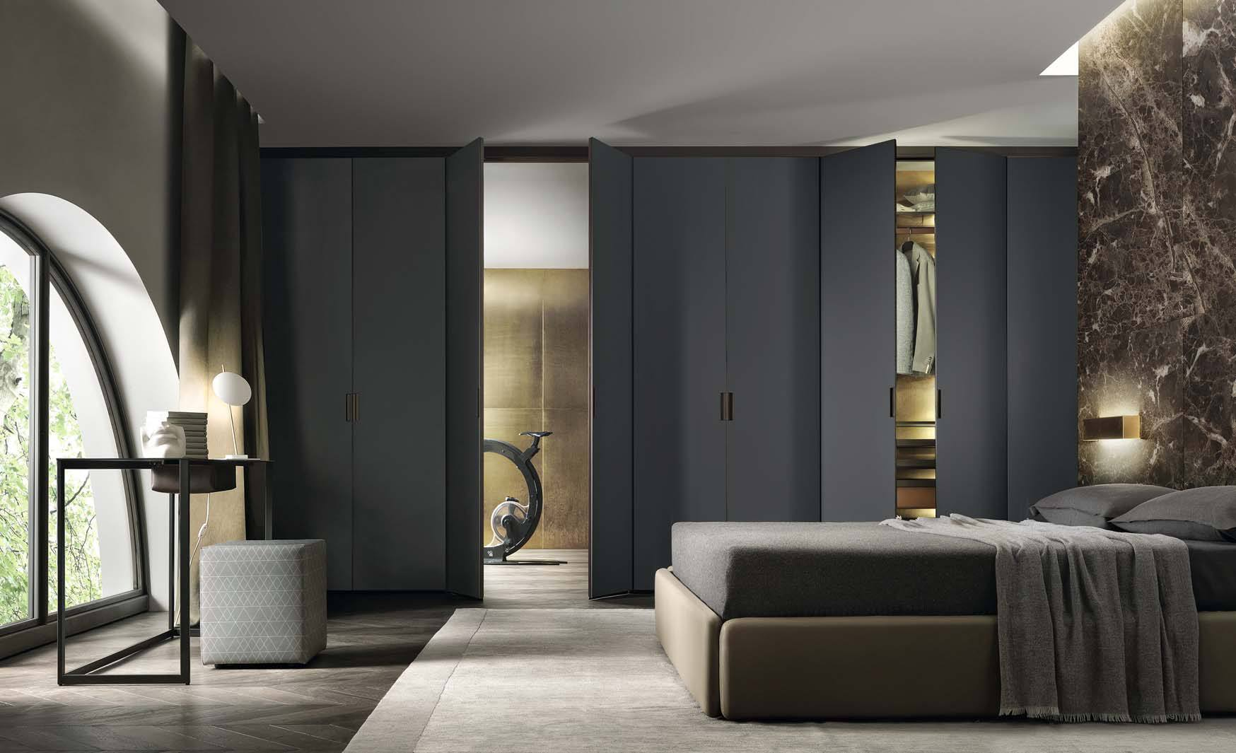Grey luxury wardrobe from Rimadesio